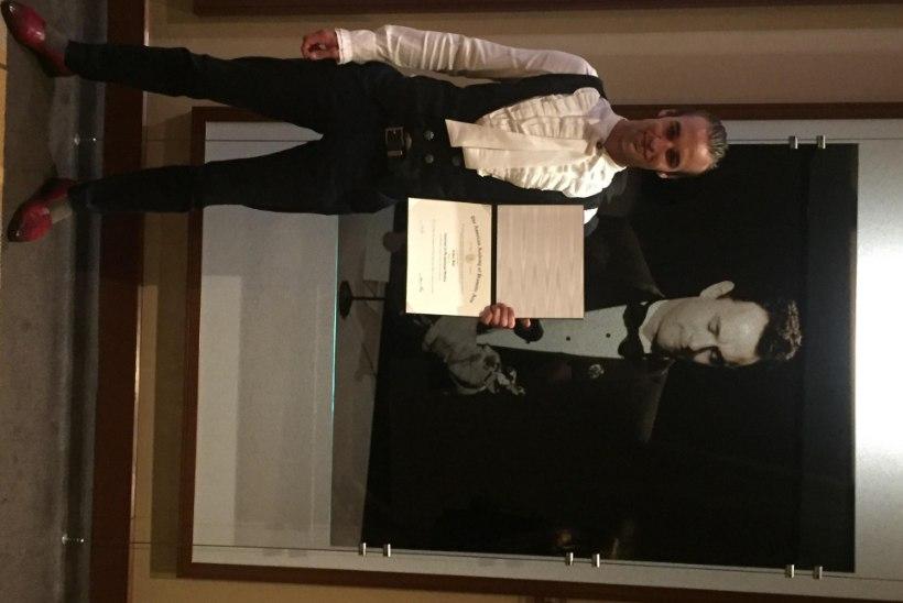 Palju õnne, Artur Rehi! Esimene eestlane, kel oli au vastu võtta Hollywoodi ühe legendaarseima filmikooli lõputunnistus