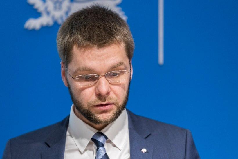 Jevgeni Ossinovski lehelapse 10-tunnisest tööpäevast: see on väga räige Eesti õiguskorra rikkumine