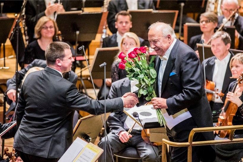 GALERII | Estonia kontserdisaalis õnnitleti maestro Neeme Järvit