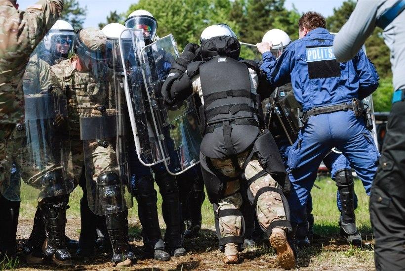 FOTOD JA VIDEO   Kuidas Eesti politseinikud ja USA sõjaväelased rahutuste korral tegutsevad?