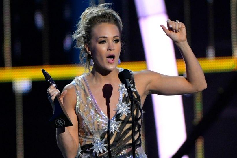 Carrie Underwood purustas kantrigala rekordi
