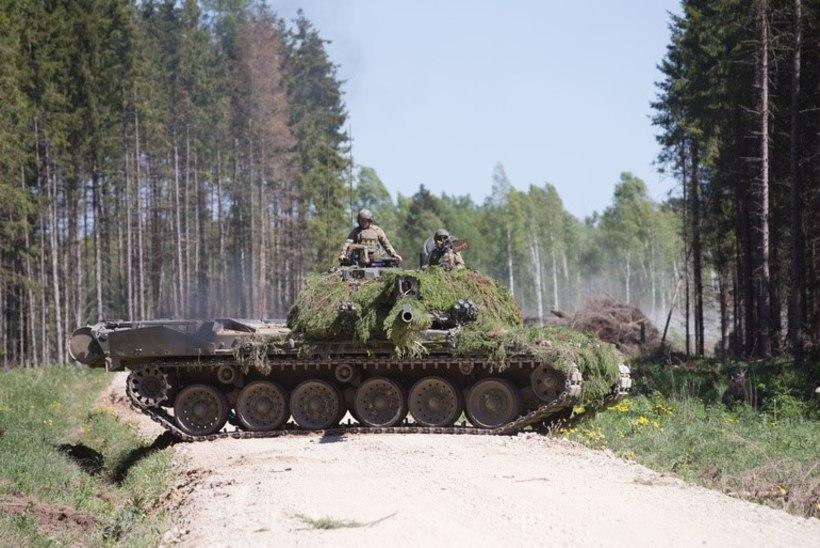 Metsatöll, tankide lömastatud tehnika ja näidislahing – Tartus tuleb võimas Maakaitsepäev