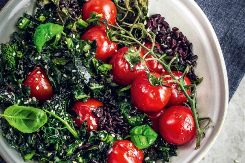 Soe tomatisalat lehtkapsa ja musta riisiga