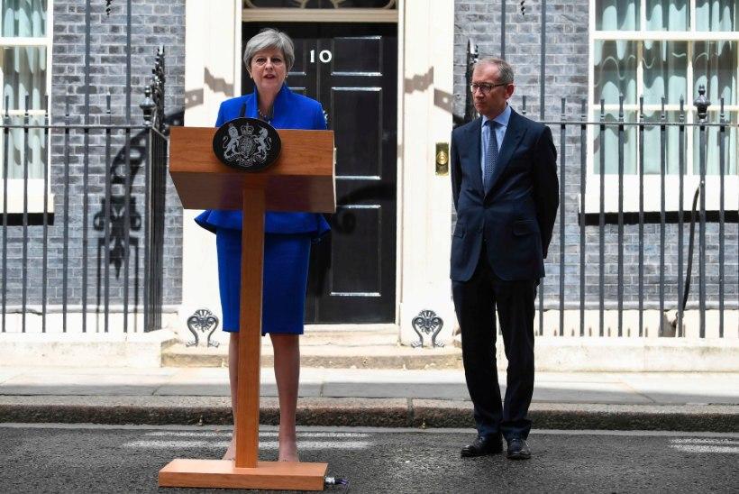 FOTOD | May sai kuningannalt uue valitsuse moodustamiseks loa