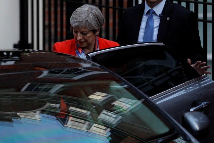 Briti leht: May moodustab põhjaiirlaste toel uue valitsuse