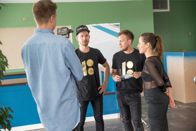 GALERII | Trad.Attack! andis Tallinna lennujaamas kontserdi