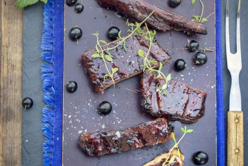 Grillitud või küpsetatud mustsõstraribi
