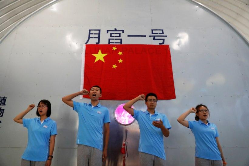 Hiinlased asuvad Kuud vallutama