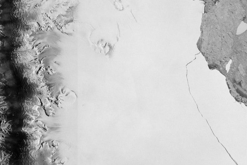 Hiiglaslik jäämägi murdis end viimaks Larsen C šelfiliustiku küljest lahti