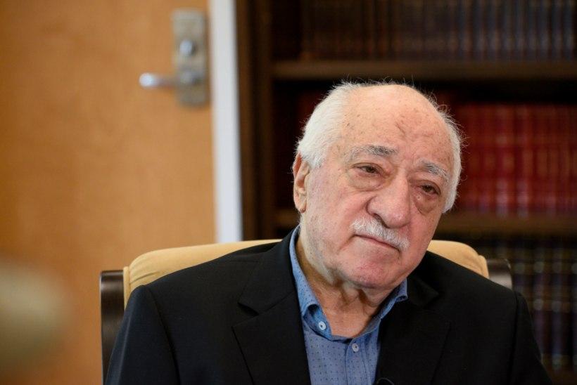 ÜKS AASTA RIIGIPÖÖRDEKATSEST: türklased elavad haarangute ja vahistamiste hirmus
