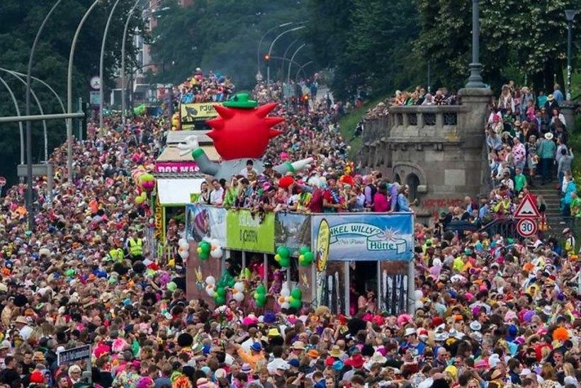 GALERII | Kirju Hamburg: G20 löömingute järel kogunevad tuhanded šlaagrifestivalile