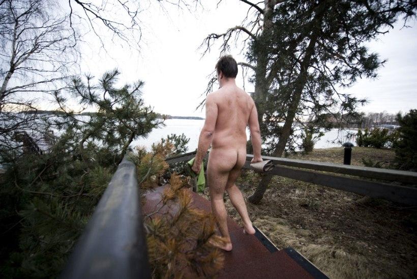 Sajad soomlased läksid maailmarekordi purustamiseks koos alasti suplema