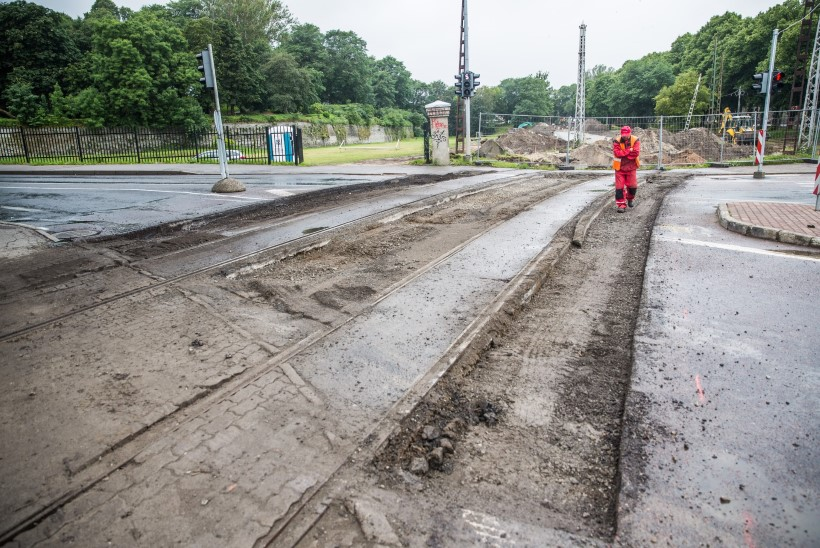 Tallinna trammitee ehitaja: töö on pingeline, liiklust segamata ei pääse