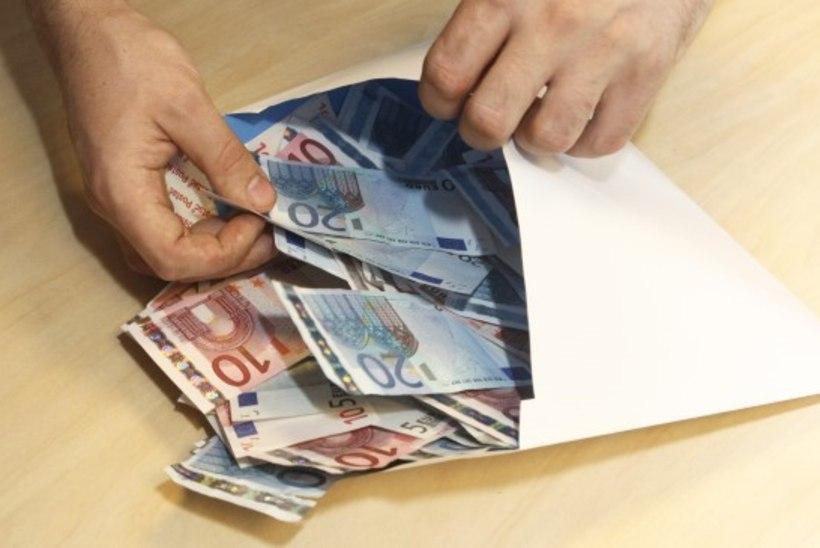 Seisukoht | Raha katuselt alla!