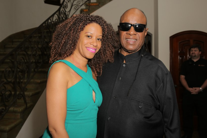 Stevie Wonder abiellus kolmandat korda