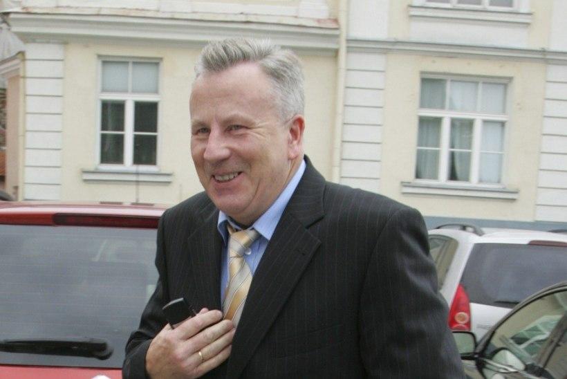 Arvo Sarapuu sai linnalt 3040 eurot hüvitist