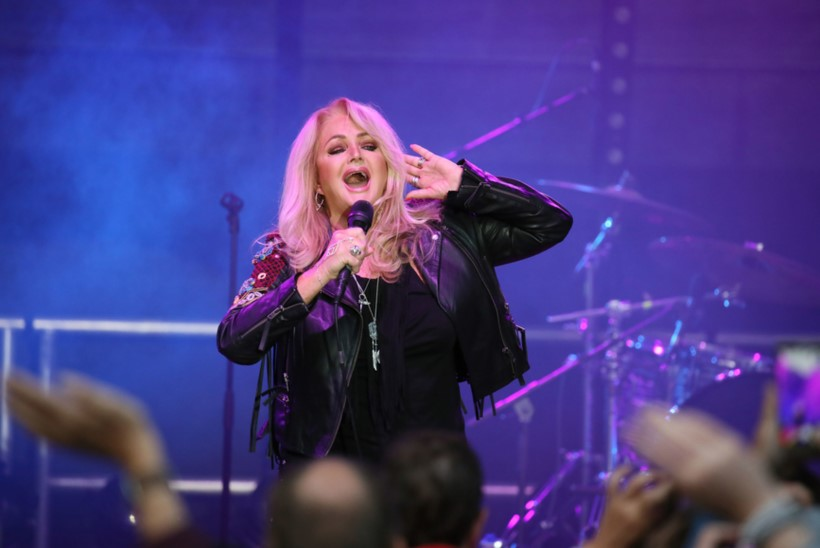 "Bonnie Tyler oma Eesti fännidele: ""Tulge Haapsallu, rokime koos!"""