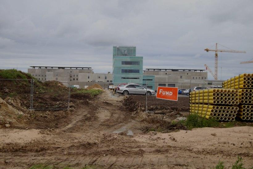 GALERII JA VIDEO | Eesti suurim ehitus –  uus Tallinna vangla – on jõudnud poole peale