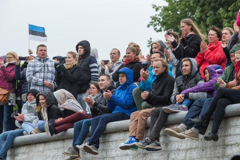 Vabadusplatsi eesistumise avapidu külastas ligi 15 000 inimest