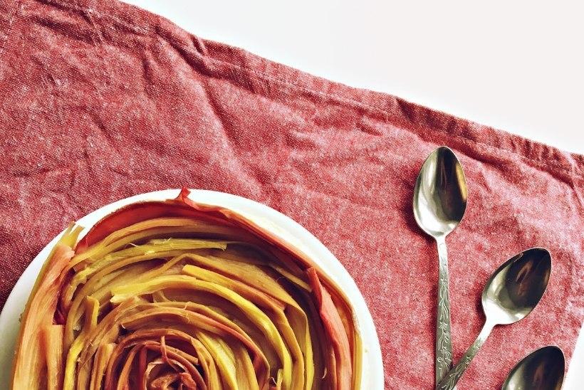 Võta rabarberihooajast viimast: toorjuustu-rabarberikook
