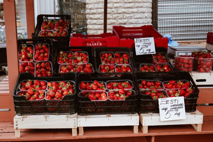 Kui magus või mõru on Eesti maasika hind Tallinnas ja Tartus?