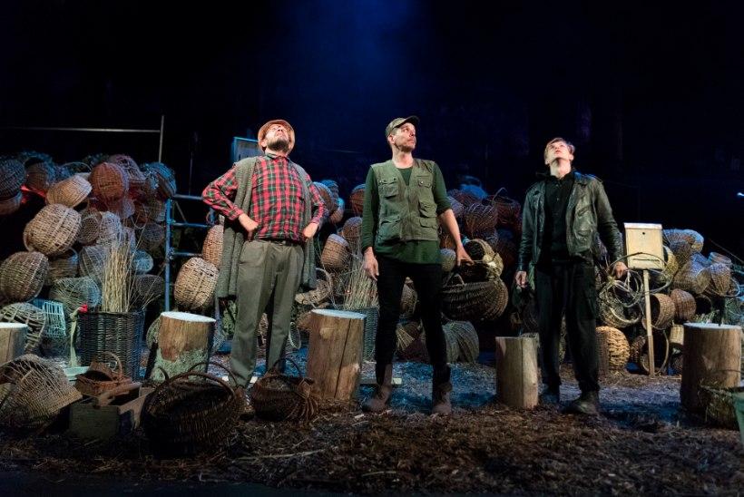 NUKU teater pani lavale üle 200 kartulikorvi