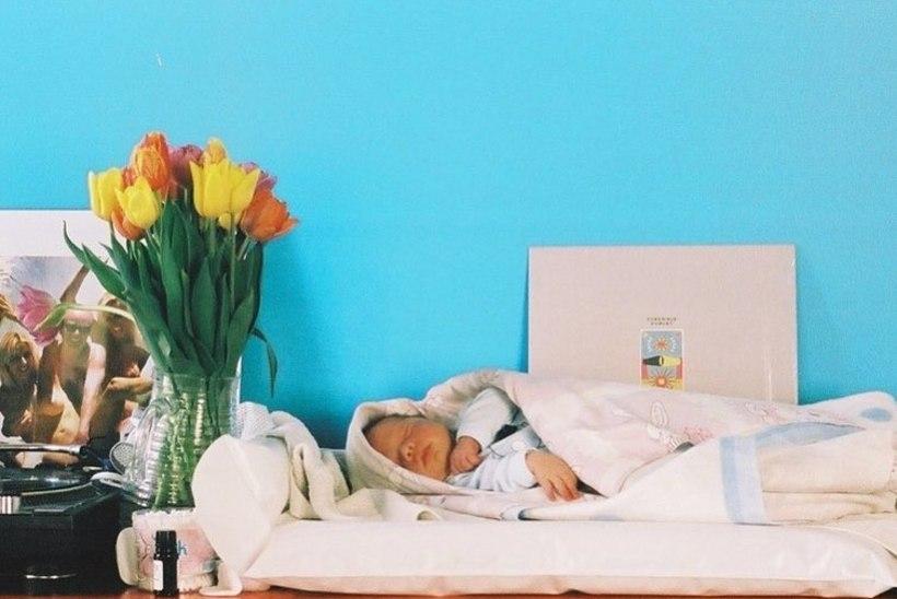 PILTUUDIS | Moelooja Liisi Eesmaa avaldas oma silmaterast imearmsa pildi
