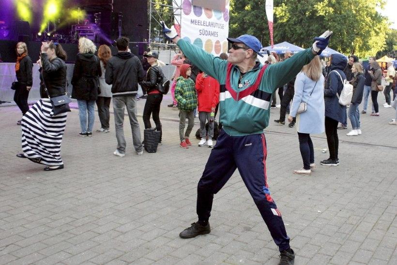 PILDID JA VIDEO | Õllesummeril hullutasid publikut Venemaa superstaarid Filatov & Karas!
