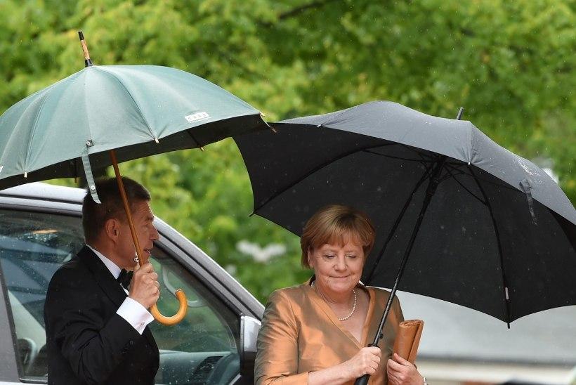 Angela Merkel kogub valimisteks jõudu Põhja-Itaalia mägedes