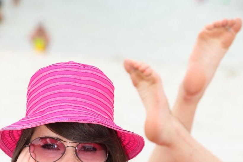 Ettevaatust! Roosad päikeseprillid silmi kahjuliku kiirguse eest ei kaitse!