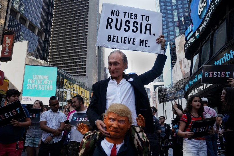 SANKTSIOONID: Trump tänas Putinit USA diplomaatide palgakulude kokkuhoiu eest