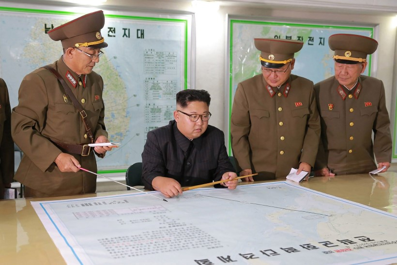 Kired Põhja-Korea ümber näitavad rahunemismärke