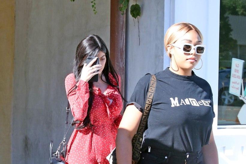 UIH JA AIH! Vallatu tuulehoog paljastas Kylie Jenneri trimmivad püksikud