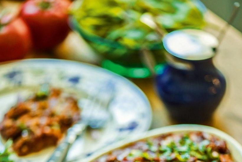 RETSEPT: kihiline baklažaani-sibulavorm Türgi moodi