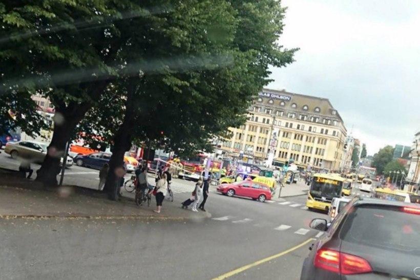 FOTOD JA VIDEOD | Turu kesklinnas pussitati inimesi
