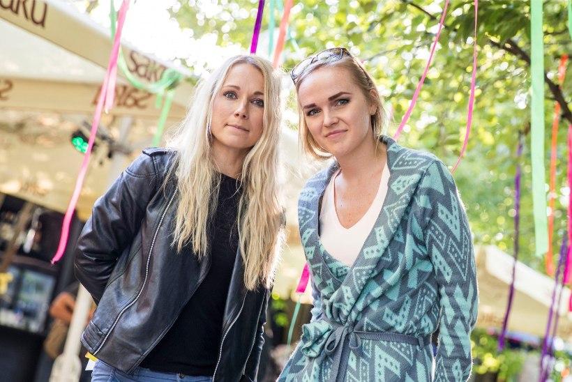 ÕHTULEHE VIDEO JA FOTOD | Estonian Voices ja Lenna tuuritavad koos: laval on 12 inimest, peaaegu nagu orkester