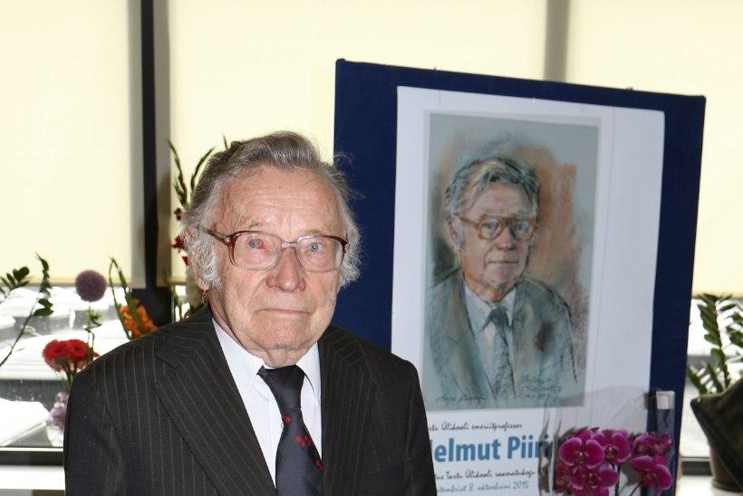 Suri ajaloolane Helmut Piirimäe
