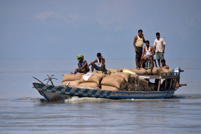 Lõuna-Aasias on üleujutustes hukkunud vähemalt 500 inimest