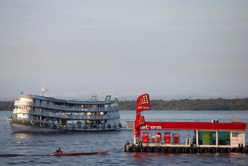 Brasiilias uppus paat, mille pardal oli 70 reisijat