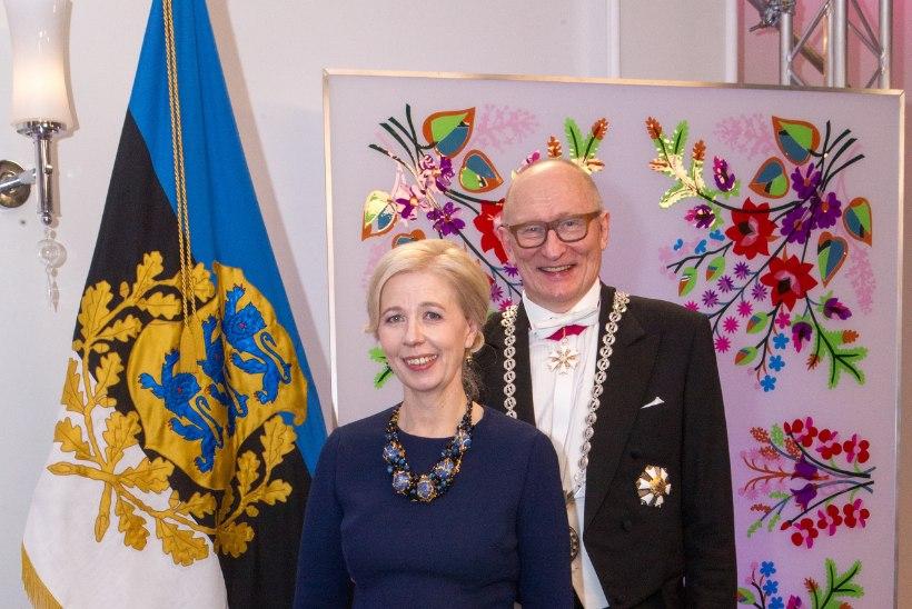 """""""KALLIS, ABIELLUME SALAJA!"""" ehk Millised Eesti tuntud näod on ilma suurema kärata paari läinud?"""