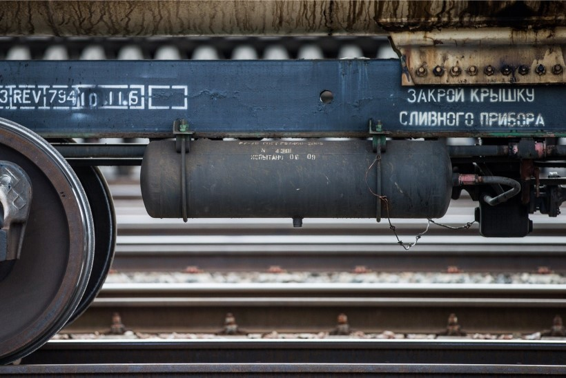 Esimesed sadakond Venemaalt tellitud vagunit ootavad Koidulas arvele võtmist