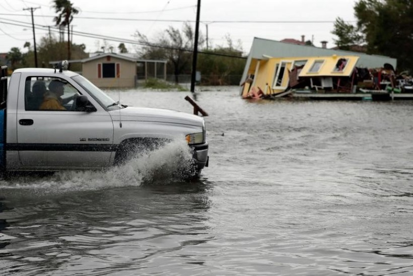 Orkaan Harvey: nagu kaubarong kandilistel ratastel