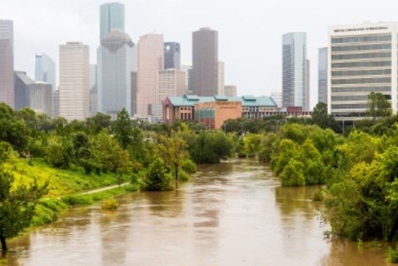 Harvey uputab: Houstonis päästeti üleujutustest tuhatkond inimest