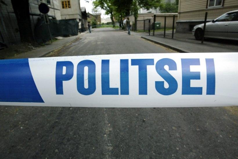 Narvas leiti vägivalla tundemärkidega naise surnukeha