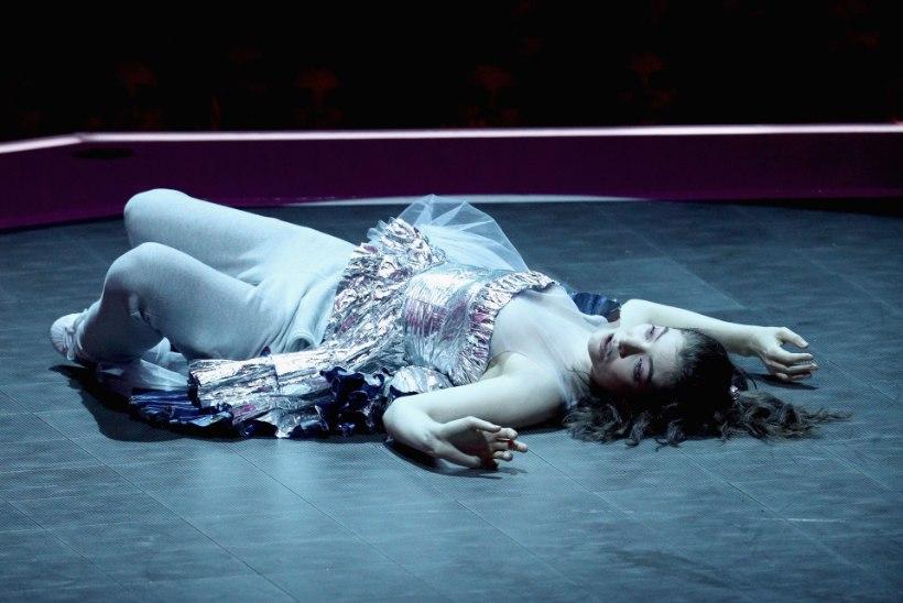 Kas Lorde kohmaka tantsunumbri põhjuseks oli räme gripp?