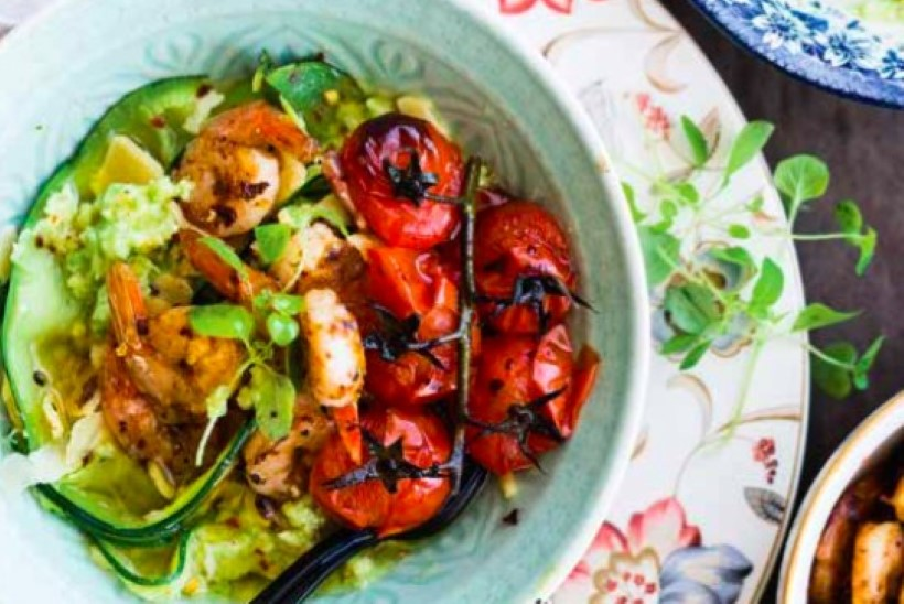 Kui maitsev! Suvikõrvitsaviilud avokaadokreemi ja kala või krevettidega