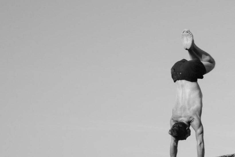 Maailmakuulus joogaõpetaja jagab, miks ta JOOGAGA tegeleb