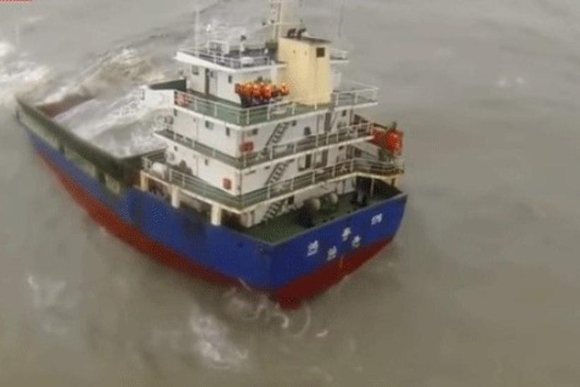 VIDEO | Hongkongis päästeti uppuvalt laevalt 11 meremeest