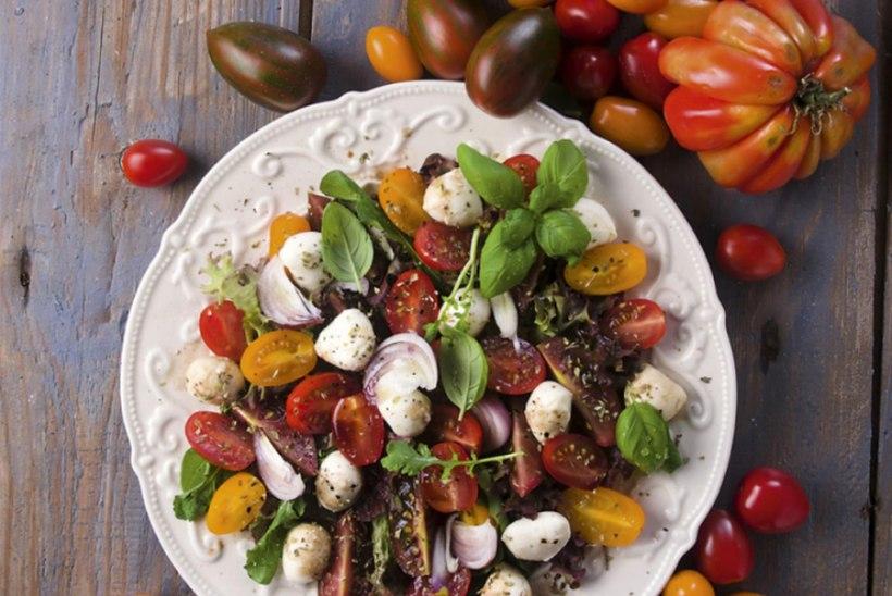 Tomati-mozzarella-salat
