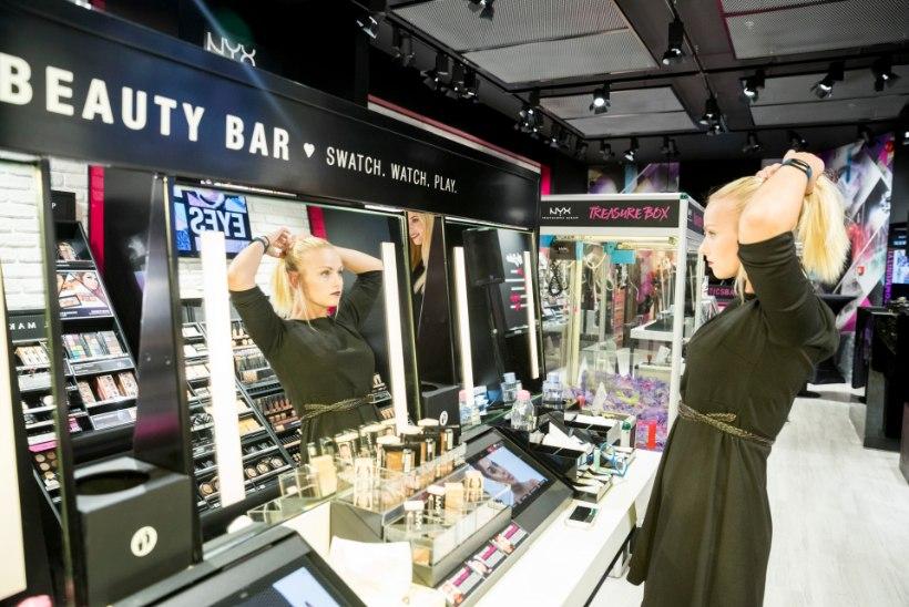 GALERII | Värvikas kosmeetikabränd pidas sotsiaalmeediastaaridega Ülemiste keskuses eksklusiivse avapeo